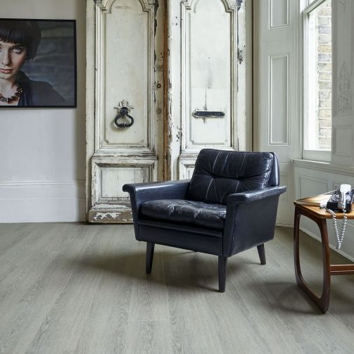 Naturelle Click Vinyl Loft Oak Luxury Vinyl Flooring