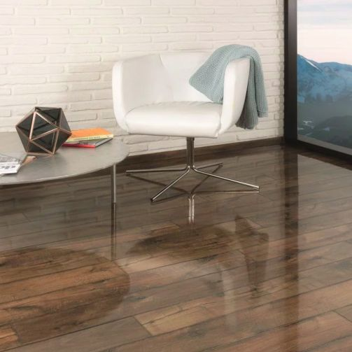 Prestige Timbers® 8mm High Gloss Laminate Flooring Warm Oak