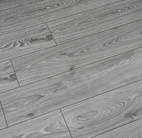 Villa Timeless Oak Grey 12mm Laminate, How Thick Is 12mm Laminate Flooring